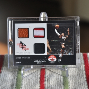 2000-01 Fleer Shoebox - Sole of the Game